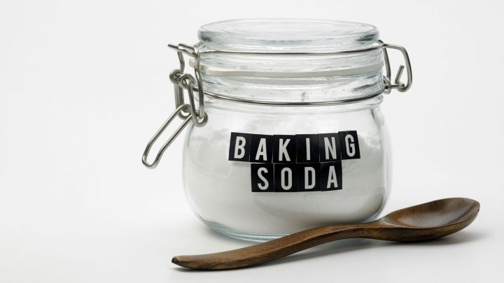 What Happens If You Use Baking Soda Instead of Baking Powder in a Cake_Cooks Dream